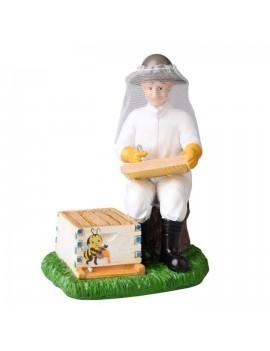 Figurina model 3